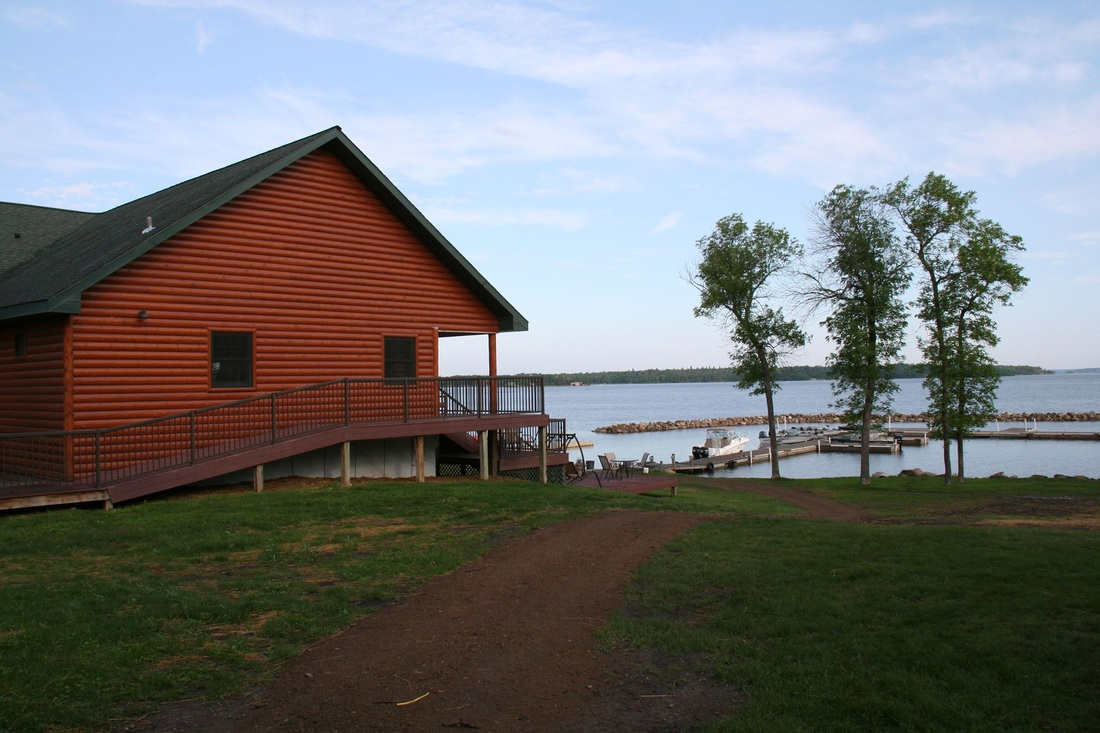 Lake of the woods resort on oak island sunset lodge for Lake of the woods fishing lodges